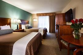 44683_005_Guestroom