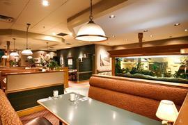62096_003_Restaurant
