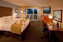 05225_002_Guestroom