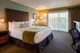 05225_003_Guestroom