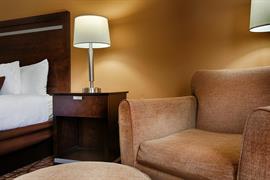 43172_005_Guestroom