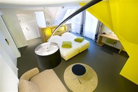 92733_005_Guestroom