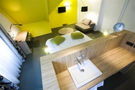 92733_007_Guestroom