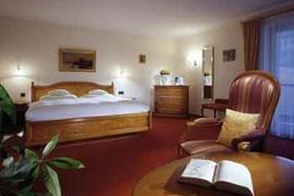 95293_004_Guestroom