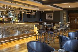 manor-hotel-meriden-dining-10-83947