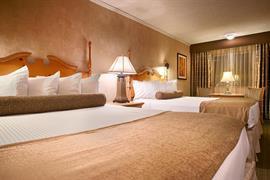 05084_005_Guestroom