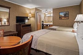 05084_006_Guestroom