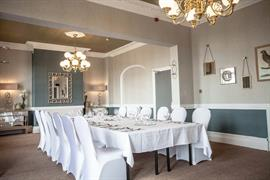 glendower-promenade-hotel-wedding-events-19-83699