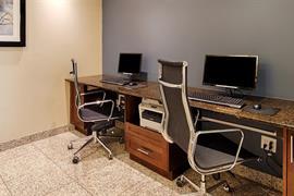 63015_006_Businesscenter