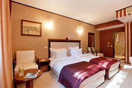 77706_007_Guestroom