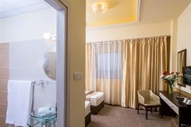 77721_005_Guestroom