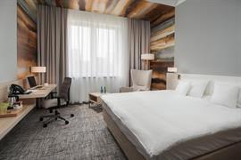 81034_004_Guestroom