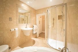 burlington-hotel-bedrooms-48-84226