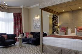 burlington-hotel-bedrooms-01-84226