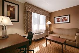 66090_006_Guestroom