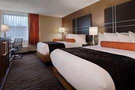 21028_004_Guestroom
