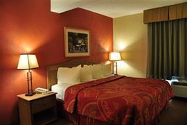 36107_005_Guestroom