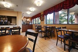 36107_007_Restaurant