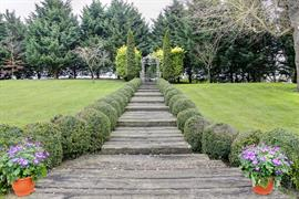 cambridge-quy-mill-hotel-grounds-and-hotel-32-83673