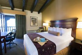 05425_002_Guestroom