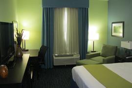 44684_007_Guestroom