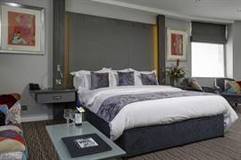 cedar-court-hotel-bedrooms-50-83793