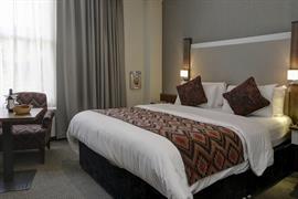 cedar-court-hotel-bedrooms-60-83793