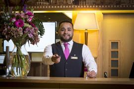 cedar-court-hotel-leeds-bradford-grounds-and-hotel-08-83949