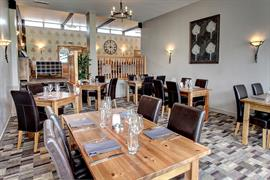 centurion-hotel-dining-32-83875