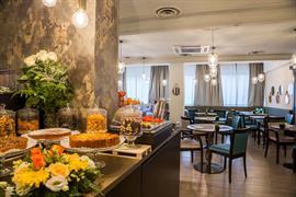 98367_005_Restaurant