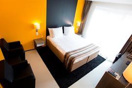 92725_005_Guestroom