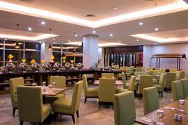 99808_005_Restaurant