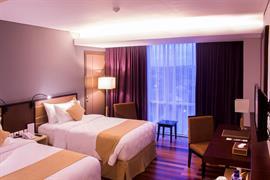 99808_006_Guestroom