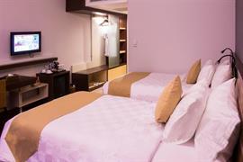 99808_007_Guestroom
