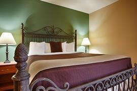 05457_001_Guestroom