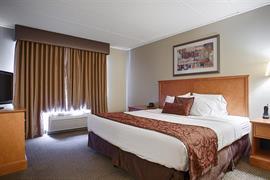 24137_007_Guestroom