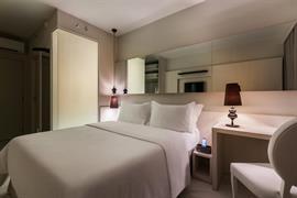 77108_007_Guestroom