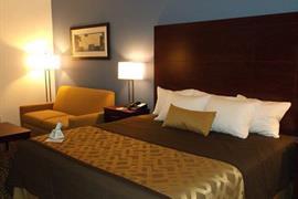 15110_007_Guestroom