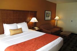 05726_006_Guestroom