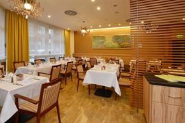 95173_002_Restaurant