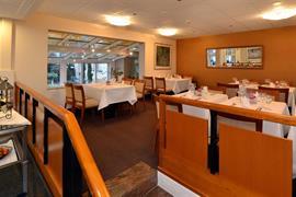 95173_004_Restaurant