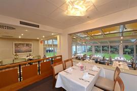 95173_005_Restaurant