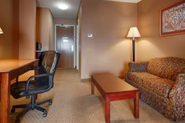 44472_005_Guestroom