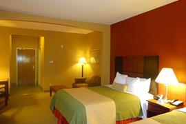 44472_007_Guestroom