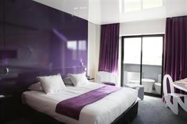 93810_006_Guestroom