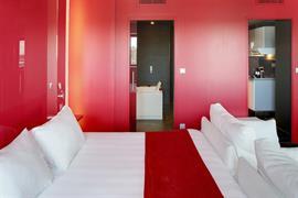 93810_007_Guestroom