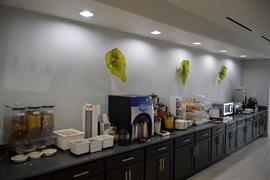 44714_003_Restaurant