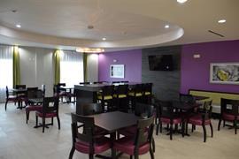 44714_005_Restaurant