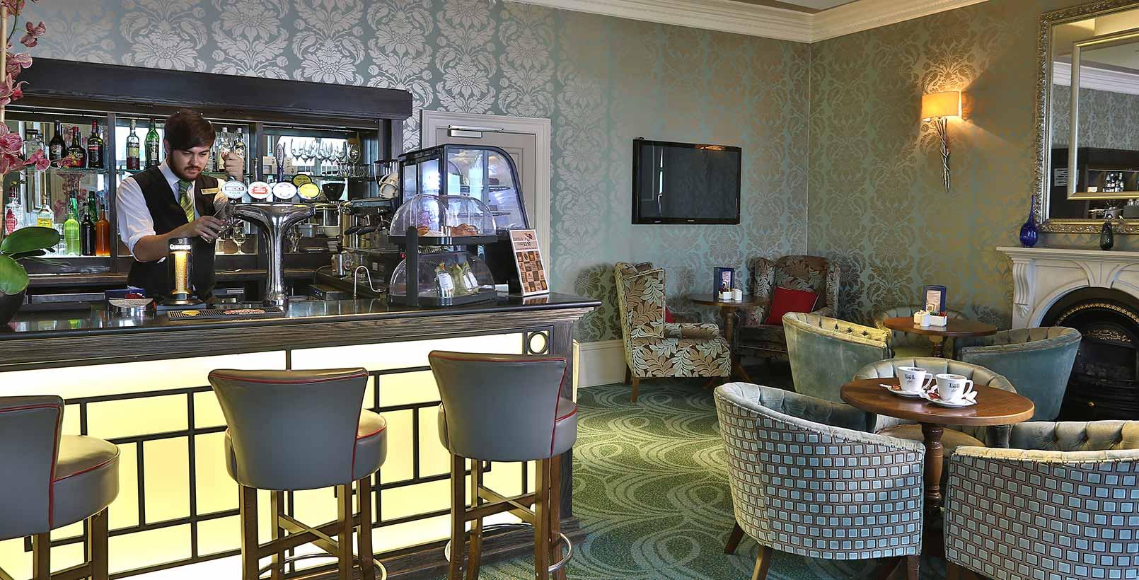 Best Western Plus Dover Marina Hotel  U0026 Spa