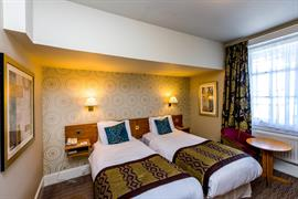 dover-marina-hotel-bedrooms-31-83926